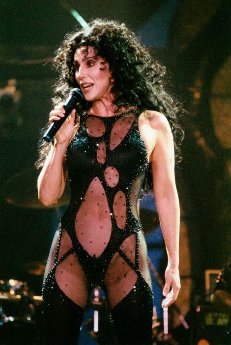 Американская певица и актриса Шер, 1992 год. | Фото: biography.com.