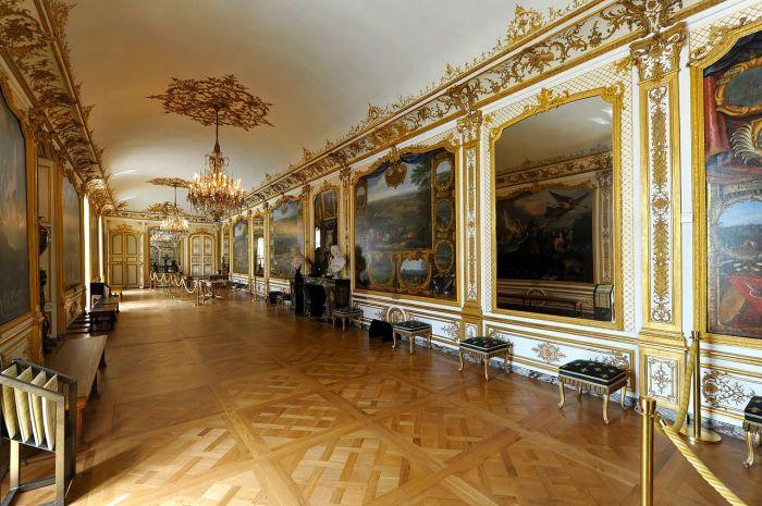 Замок Шантийи. Апартаменты принца Конде. | Фото: fiveminutehistory.com.
