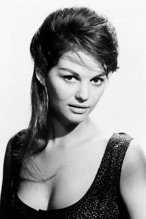 Клаудия Кардинале - одна из самых красивых актрис итальянского кино 1960-х годов. | Фото: thevintagenews.com.