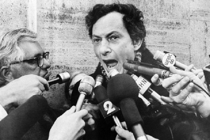 Скандальный журналист Клиффорд Ирвинг. | Фото: liarcity.com.