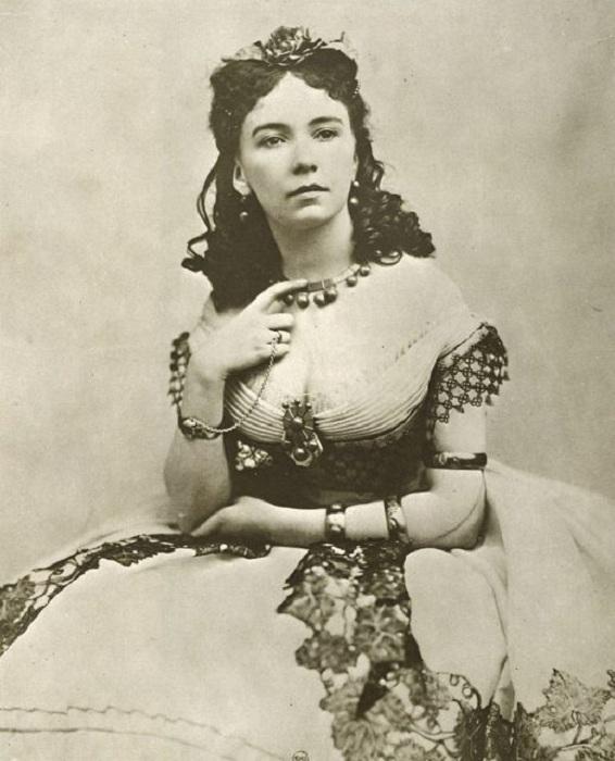 В постели Коры Перл побывали все самые известные мужчины середины XIX века. | Фото: thevintagenews.com.
