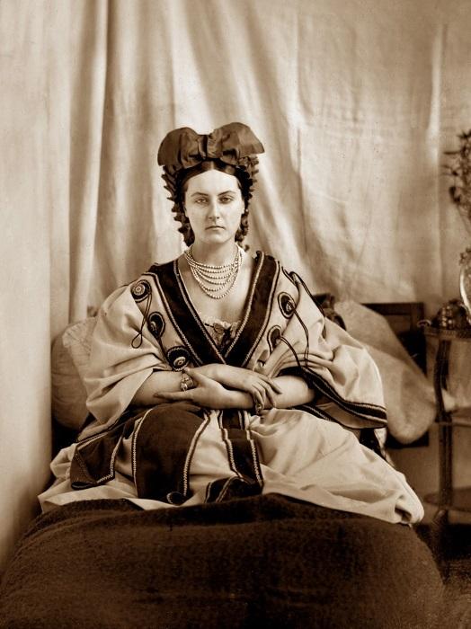 Графиня ди Кастильоне - итальянская куртизанка, фаворитка Наполеона III. | Фото: foto-basa.com.