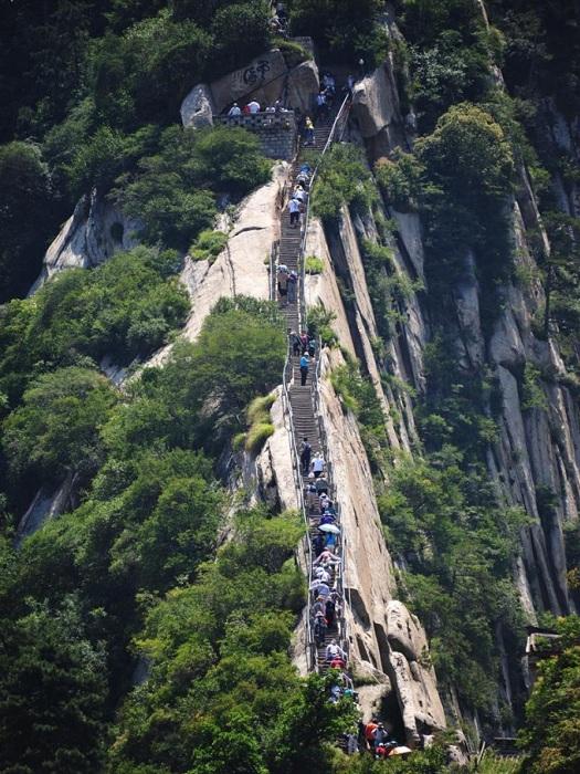 Маршрут к храмам на горе Хуашань.