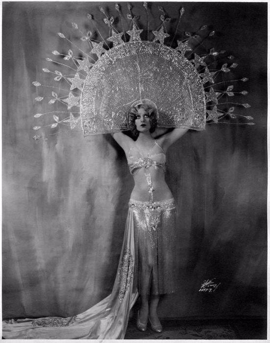 Фейт Бэкон - артистка бурлеска 30-х годов ХХ века. | Фото: vintag.es.