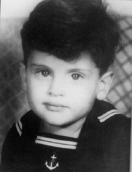 Маленький Джо Дассен - будущий певец, композитор и музыкант.   Фото: s018.radikal.ru.