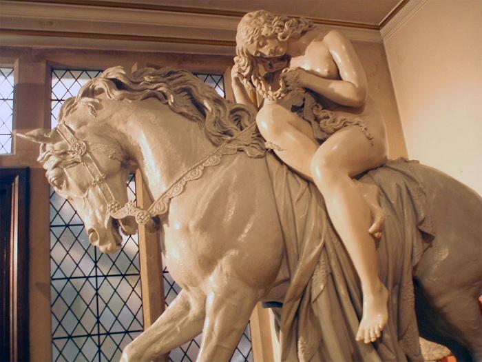 Леди Годива. Статуя.   Фото: biografieonline.it.