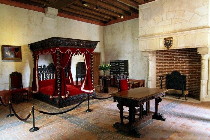 Реконструированная комната Леонардо да Винчи в замке Клу (Кло-Люссе) в Амбуазе. Франция. | Фото: gorodamira.biz.