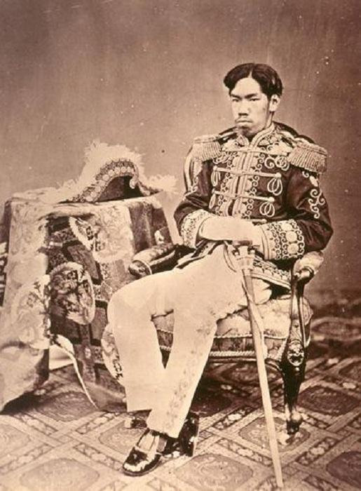Молодой император Мэйдзи. | Фото: ru.wikipedia.org.