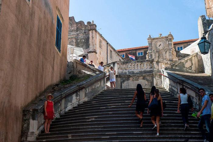Лестница в стиле барокко, Дубровник. | Фото: quibbll.com.