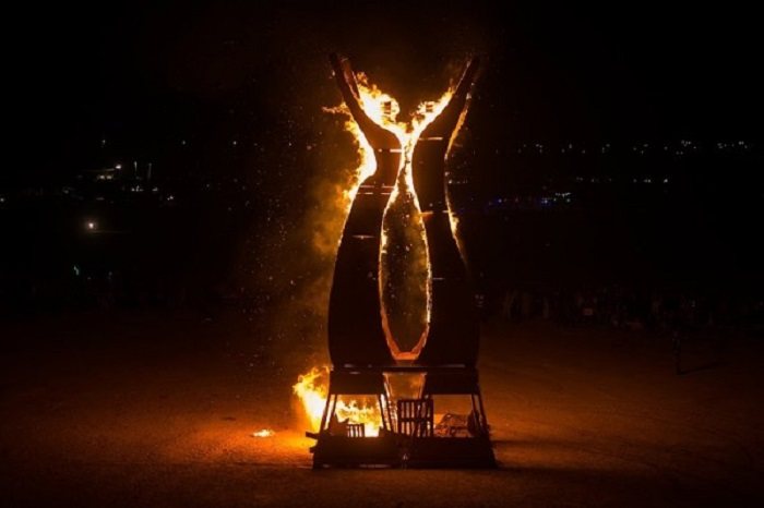 Фестиваль Midburn, проведенный в пустыне Негев.