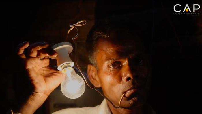aresh Kumar - индиец, который питается электричеством. | Фото: bigpicture.ru.
