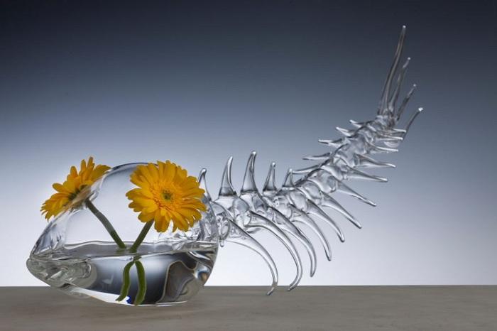Стеклянная ваза в виде рыбы, выполненная Симоном Крестани.