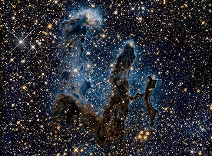 «Столпы Творения» - снимки, сделанные телескопом Хаббл.