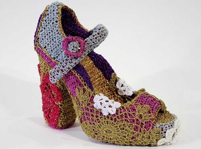 Вязаная обувь.