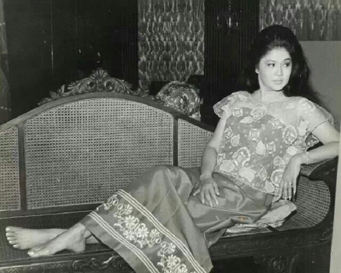 Имельда Маркос - «стальная бабочка» Филиппин. | Фото: pics.wikifeet.com.