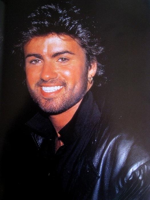 George Michael - популярный певец. | Фото: eighties.fr.