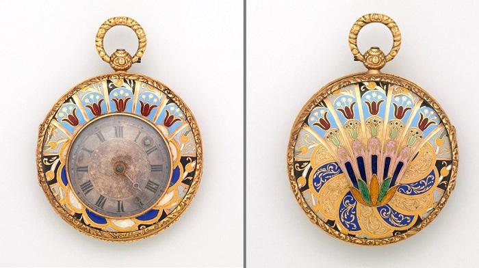 Карманные часы. Золото, эмаль, серебро, 1820 год. | Фото: fiveminutehistory.com.