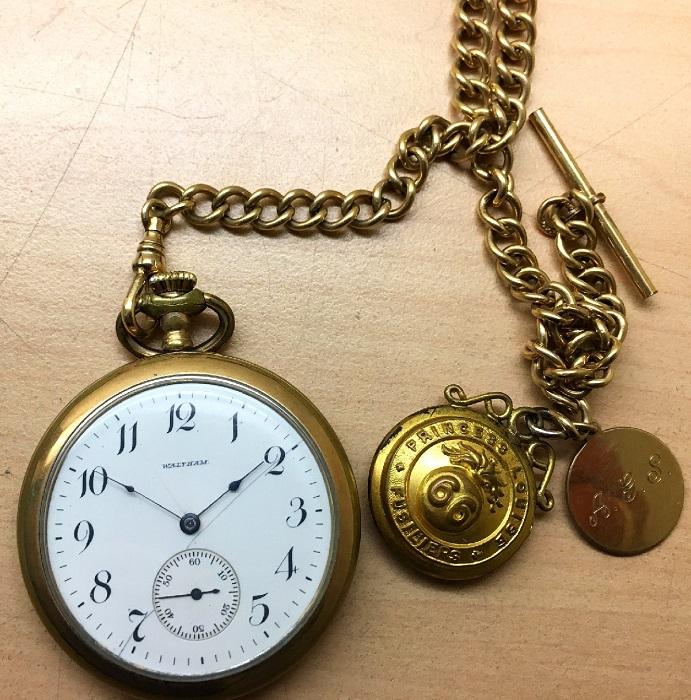 Часы Waltham, когда-то принадлежавшие ветерану Первой мировой войны. | Фото: fiveminutehistory.com.