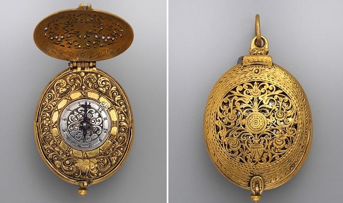 Карманные часы. Серебро, позолота, 1640 год. | Фото: fiveminutehistory.com.