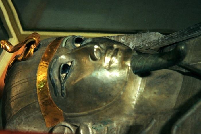 Серебряный фараон Псусеннес I. | Фото: drevniy-egipet.ru.