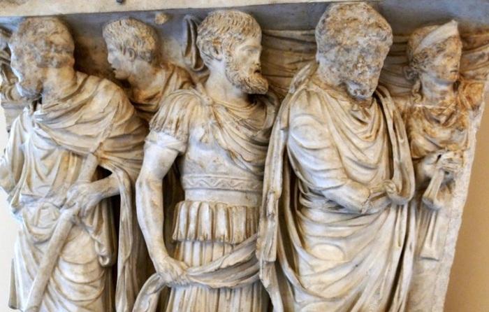 На похоронах в Древнем Риме запрещали плакать. | Фото: fishki.net.