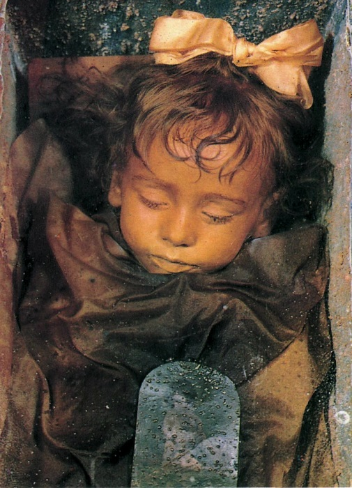 Мумия двухлетней девочки Розалии Ломбардо. | Фото: ru.wikipedia.org.