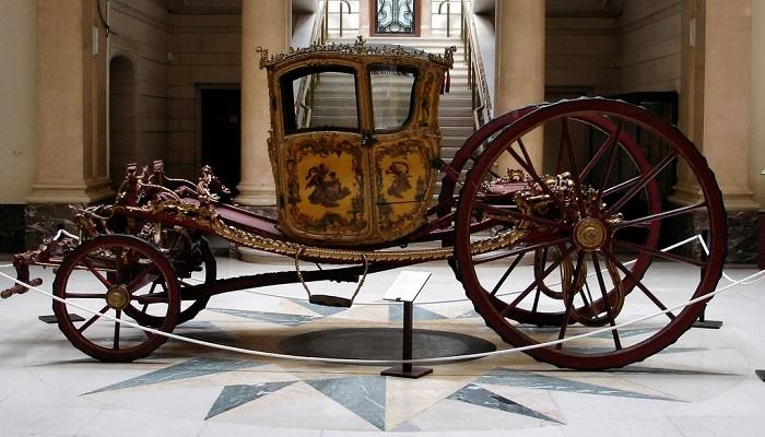 A Gala Coupe, XVIII век, Брюссель. | Фото: fiveminutehistory.com.