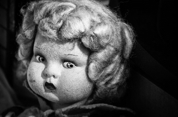Старая кукла.