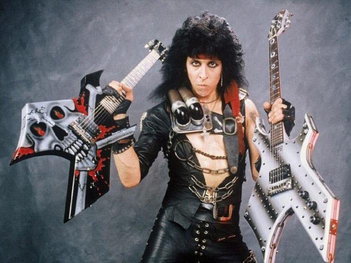 Американский музыкант, сооснователь и гитарист хэви-метал группы «W.A.S.P.». | Фото: i.dailymail.co.uk.
