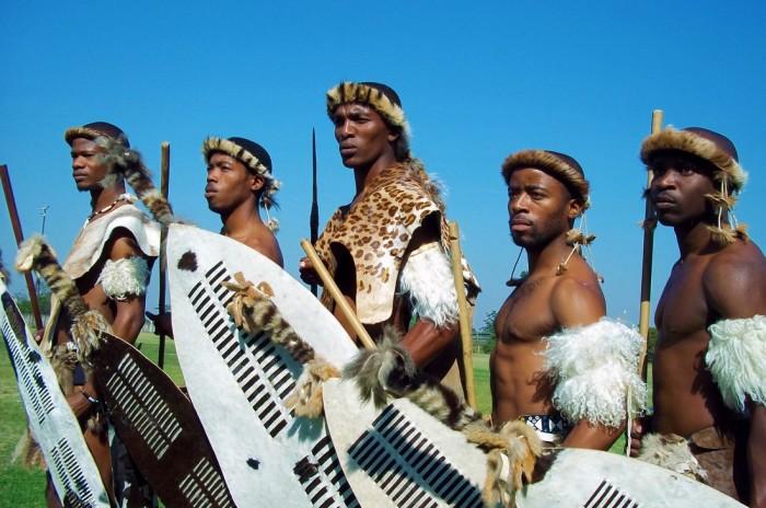 Зулусы. | Фото: svrevelations.com.