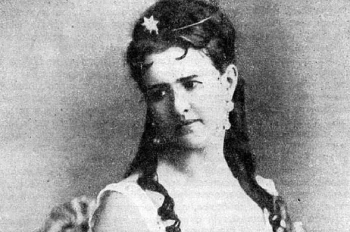 Вера Лядова - звезда российского театра 1860-х годов.