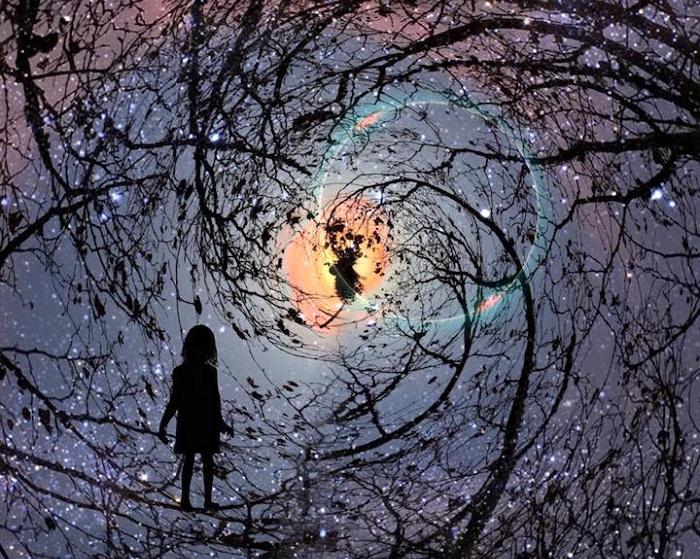 Сюрреалистические фотоколлажи, сделанные на iPhone.
