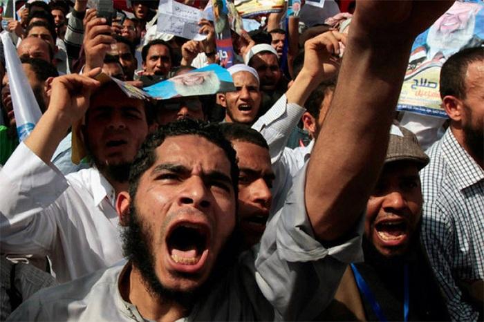 Демонстрация мусульман. | Фото: kimgou.ru.