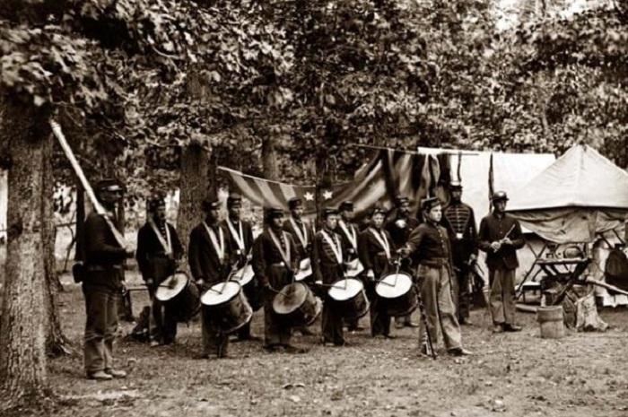 Барабанщики на поле боя были легкой мишенью. | Фото: toptenz.net.