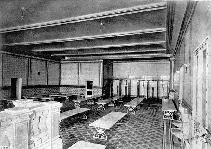 Сандуновские бани, нач. ХХ века. | Фото: ic.pics.livejournal.com.