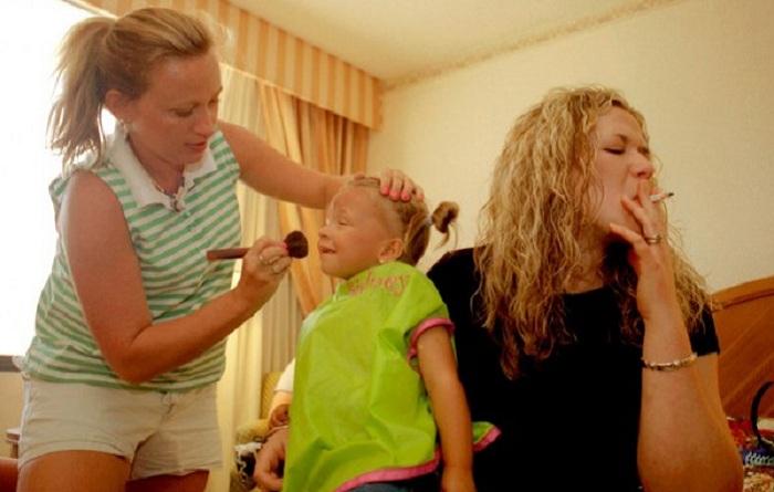 Девочка реализует амбиции своей мамаши. | Фото: ellf.ru.