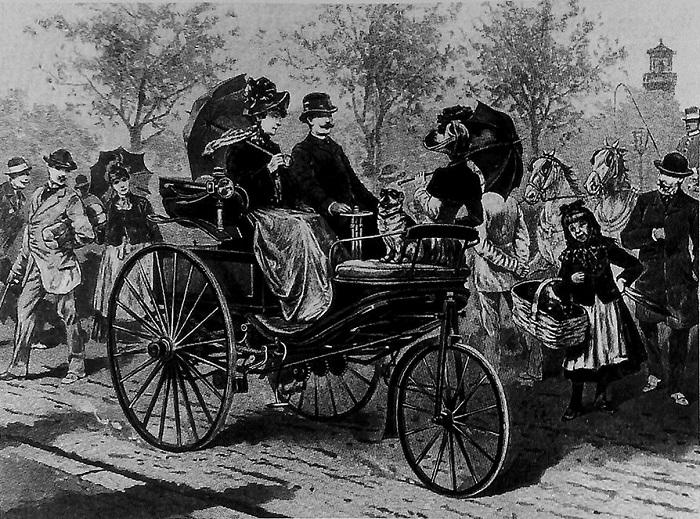 Первая фотография патентованного автомобиля Бенца, 1888 год. | Фото: fiveminutehistory.com.
