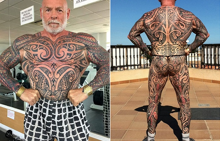 Бодибилдер покрыл свое тело татуировками. | Фото: swns.com.