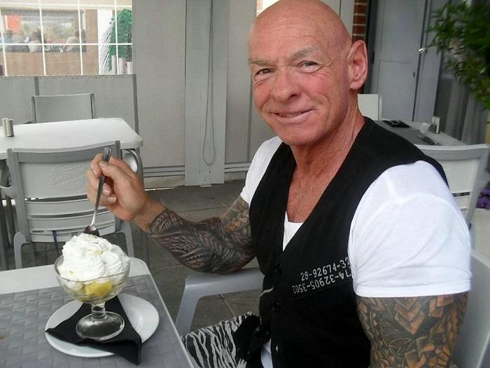 Рэй Хоутон - 59-летний бодибилдер, покрывший свое тело татуировками. | Фото: swns.com.