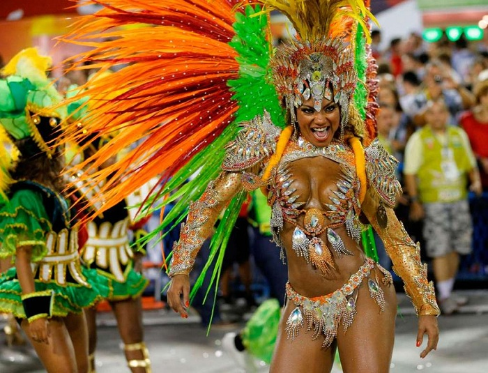 Бесплатно карнавал танцы и секс