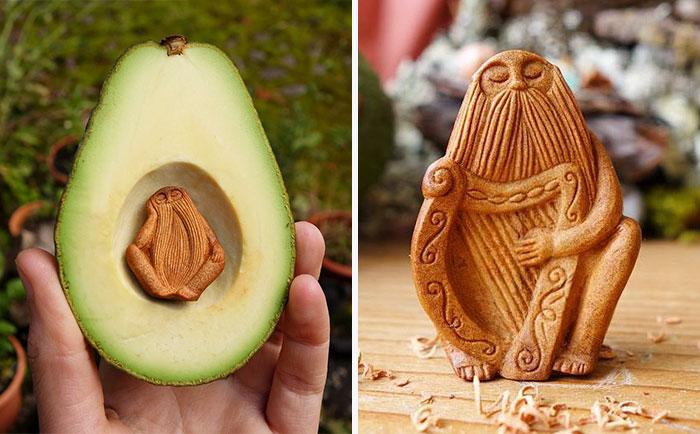 Фигурка, вырезанная из косточки авокадо. | Фото: boredpanda.com.