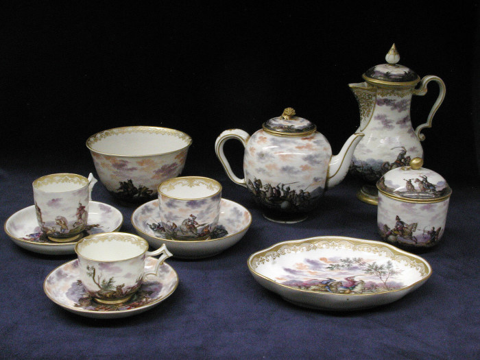 Чайный сервиз, 1743 год. | Фото: fiveminutehistory.com.