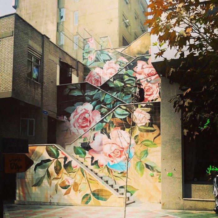 Стрит арт в Тегеране.