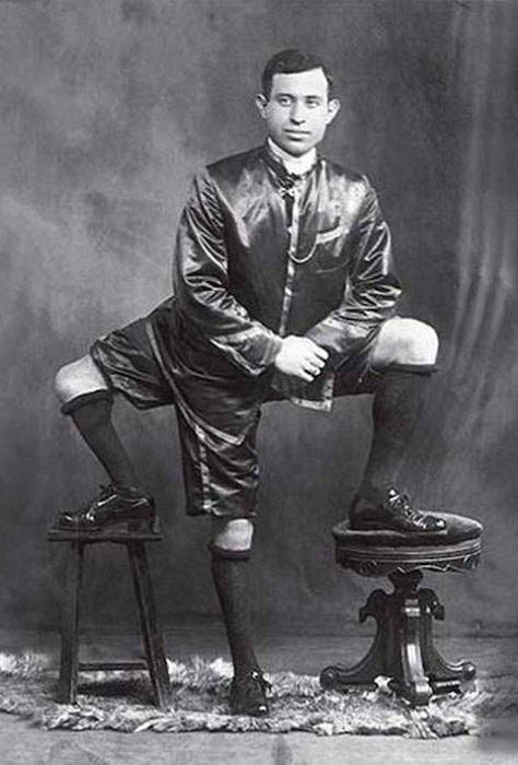 Франческо Лентини был признан мастером интермедии.