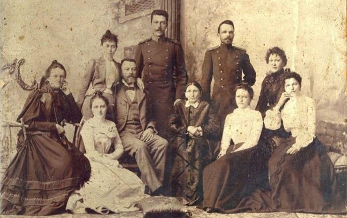 Семейство херсонских дворян Ортославских. | Фото: rodvoid.org.