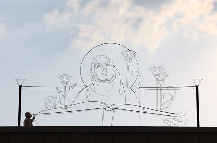 Двухмерная скульптура Гэвина Ворта.
