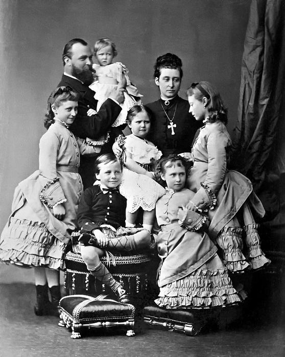 Семья Людвига IV, герцога Гессен-Дармштадского. | Фото: fiveminutehistory.com.