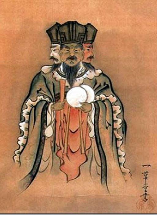 Японский император имеет три имени. | Фото: efimov.8school.info