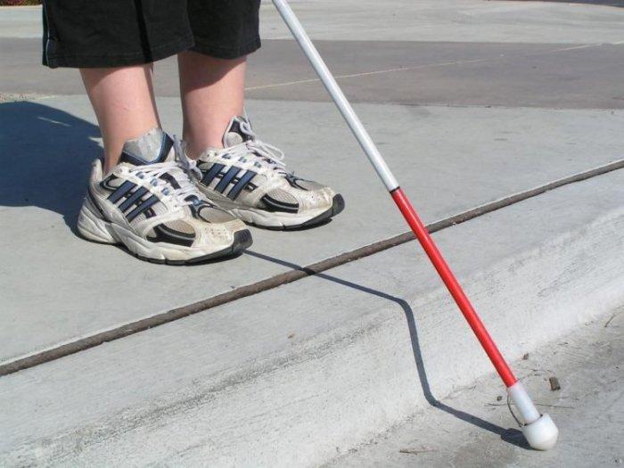 Женщина притворялась слепой, лишь бы не общаться с окружающими. | Фото: odditycentral.com.