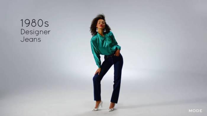 В 1980-х дизайнеры превратили джинсы в брендовую одежду.